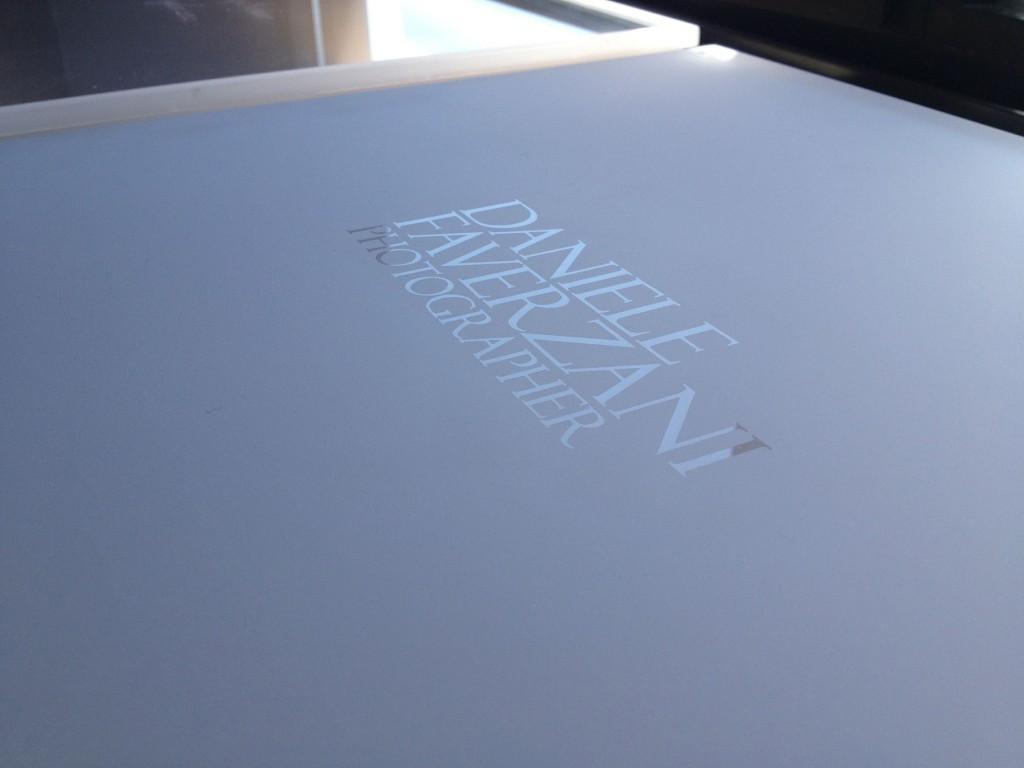 particolare personalizzazione sabbiata